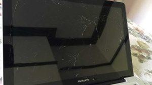 Αντικατάσταση μπροστινού γυαλιού Macbook