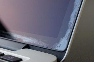Αντικατάσταση οθόνης Macbook